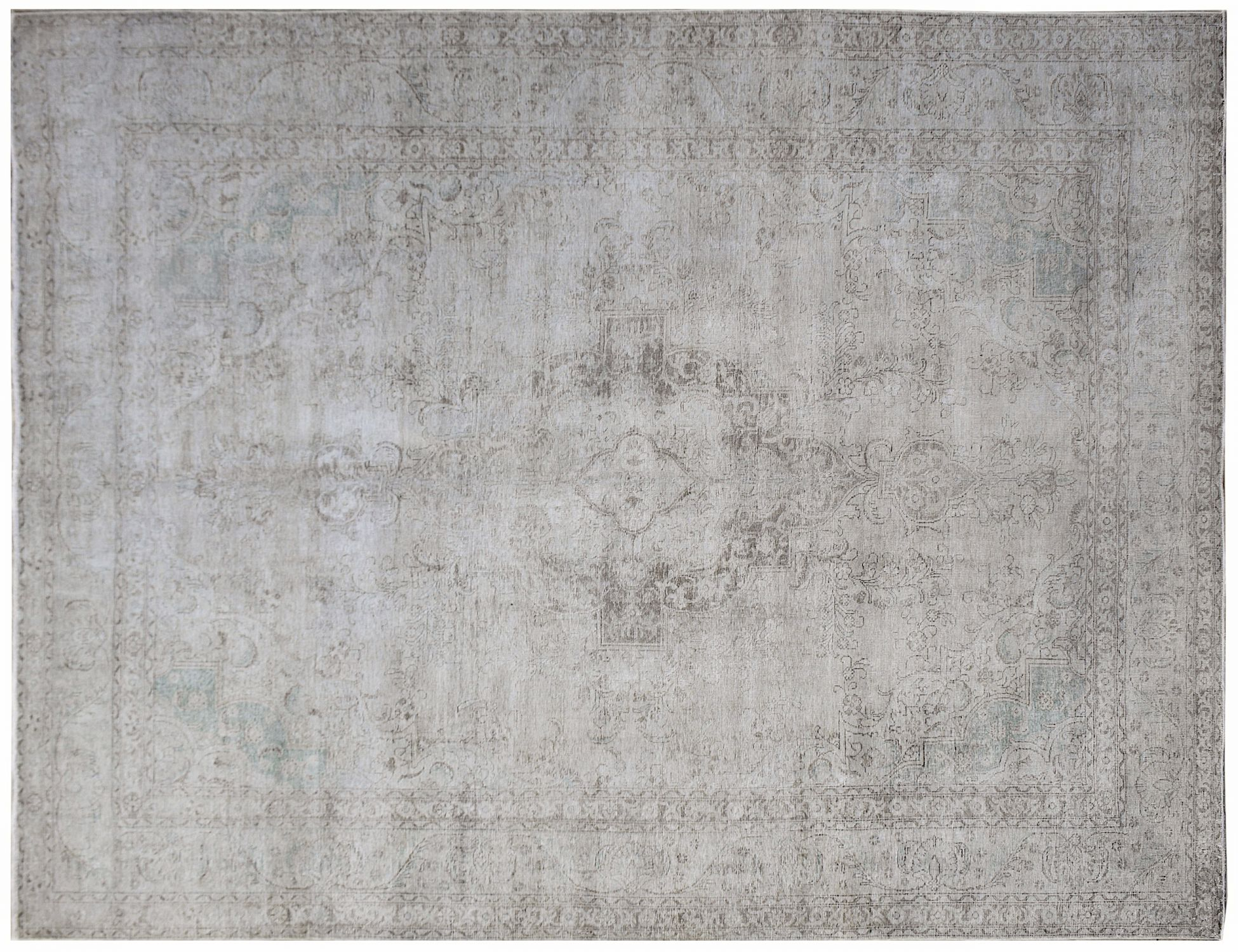 Vintage Carpet  grey <br/>385 x 295 cm