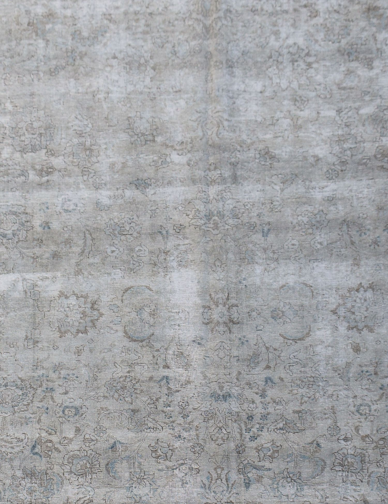 Vintage Carpet  grey <br/>387 x 291 cm