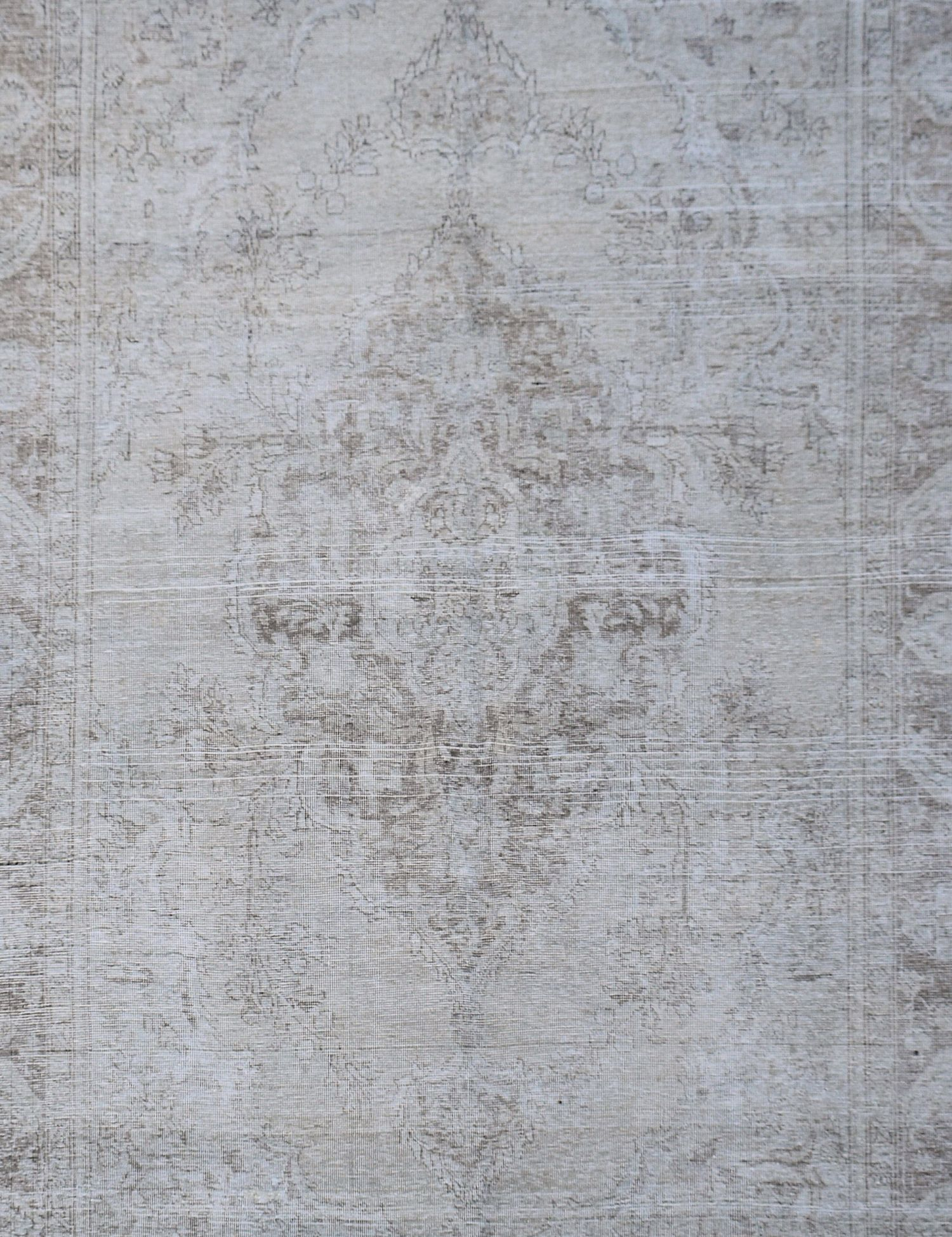Vintage Carpet  grey <br/>284 x 188 cm