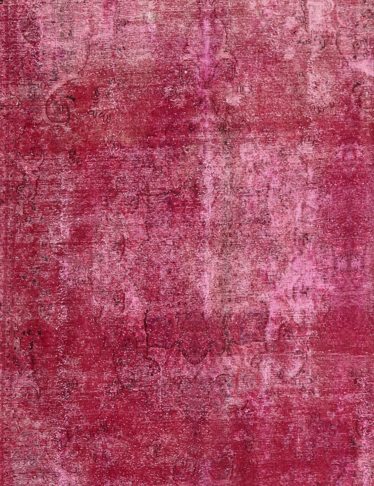 Vintage Carpet  red <br/>392 x 297 cm