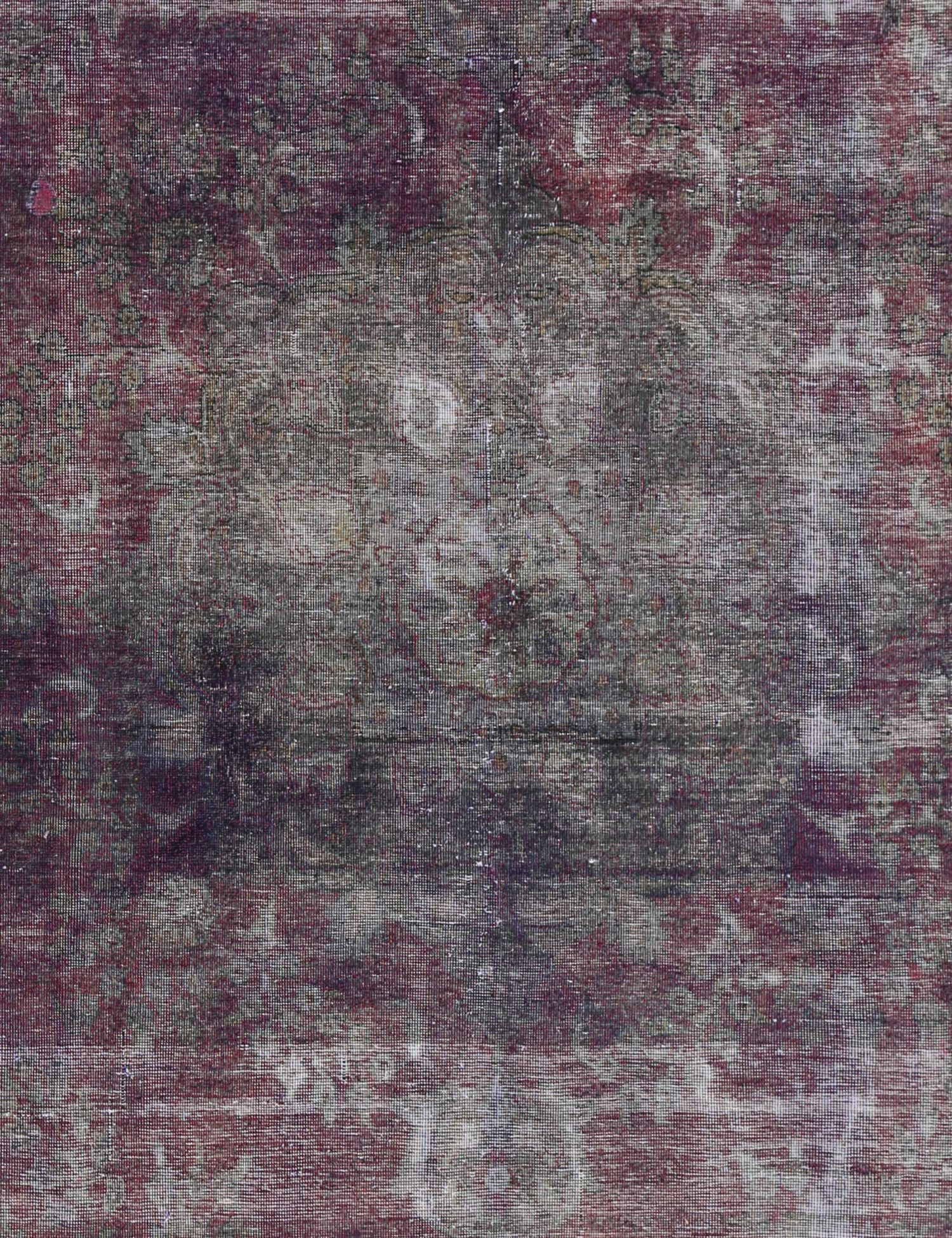 Vintage Carpet  green <br/>320 x 226 cm