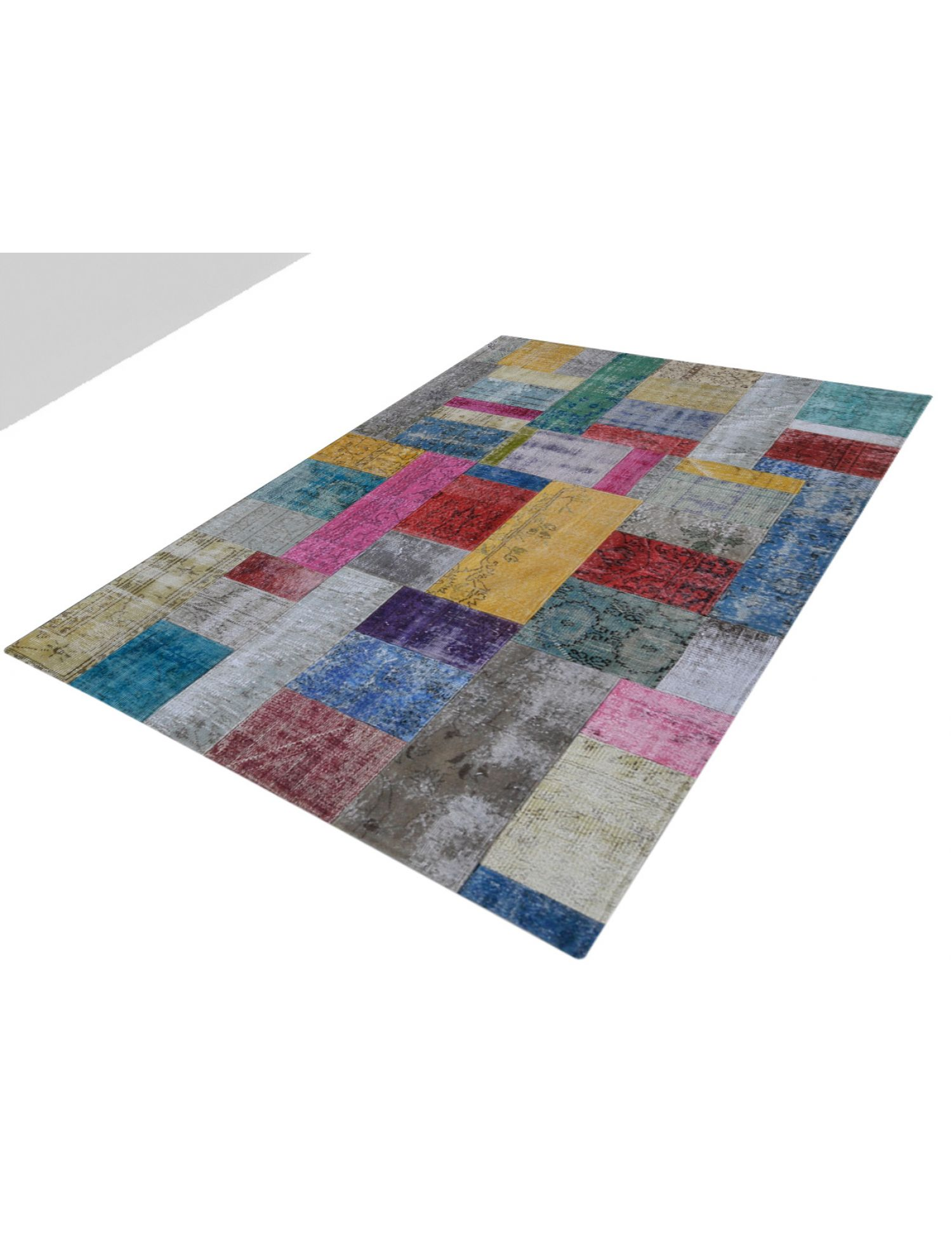 Patchwork Carpet   multicolor <br/>240 x 172 cm