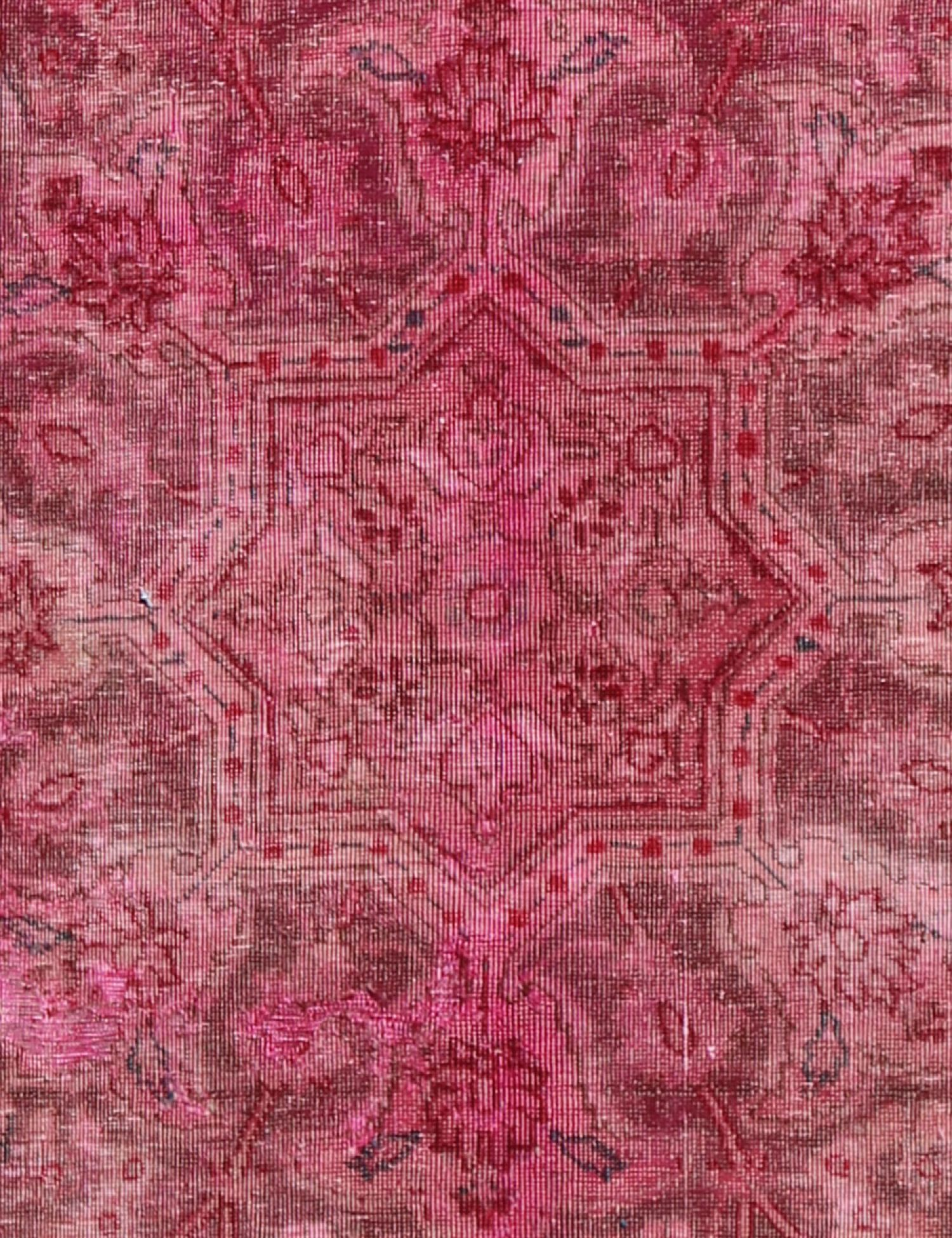 Vintage Carpet  red <br/>324 x 194 cm