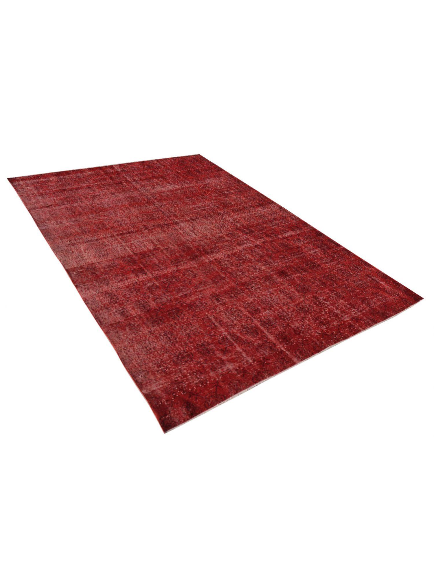 Vintage Carpet  red <br/>319 x 219 cm