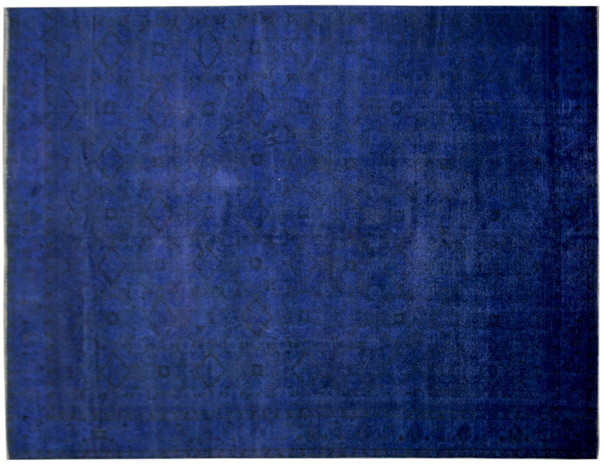 Vintage Carpet  blue <br/>373 x 250 cm